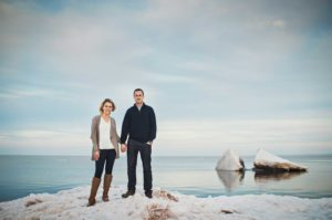 Winter engagement photos in Duluth, Minnesota